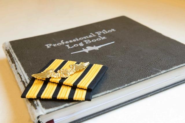 Jerat Kontrak Pilot Lion  (12270)