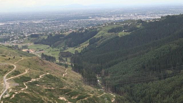 Taklukkan Fobia demi Ziplining Tertinggi, Terpanjang di Selandia Baru (224757)