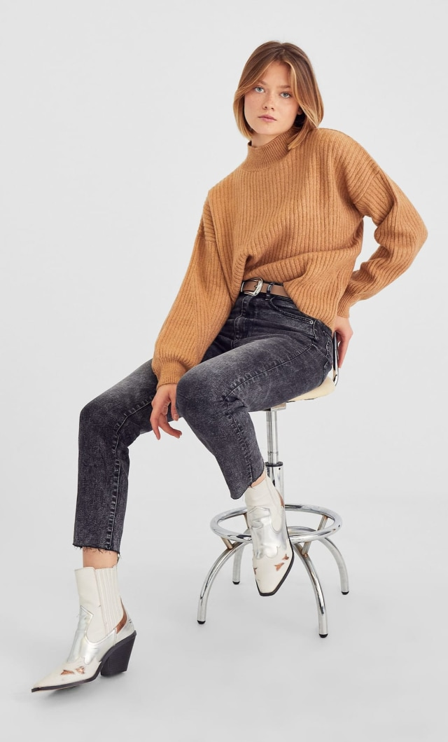 Stradivarius - High Neck Sweater