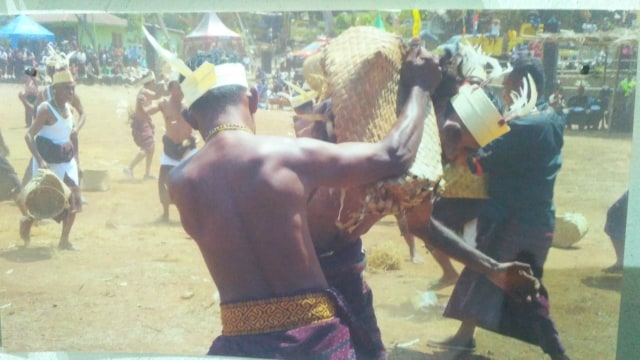 Usaha Memulihkan Trauma Kekerasan Atas Nama Agama di Flores Timur (9181)