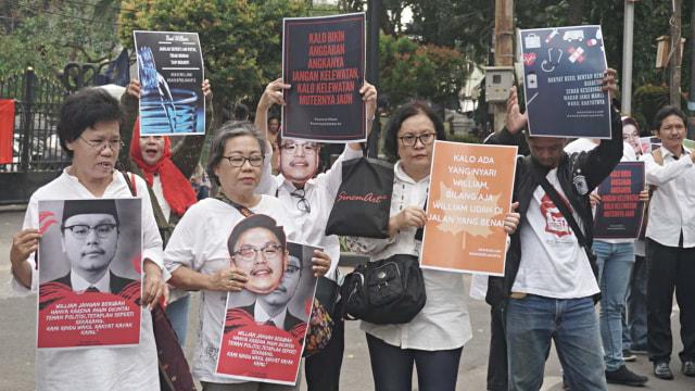 Aksi Mendukung Transparansi APBD di DPRD Jakarta