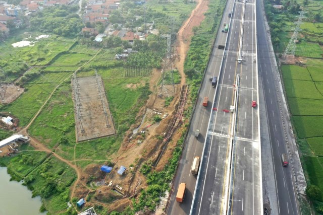 Foto udarajalan layang tol Jakarta-Cikampek