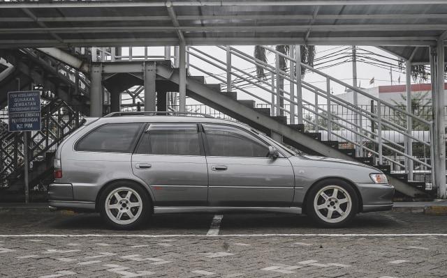 Toyota Corolla Wagon: Cantik dan Fleksibel (66587)