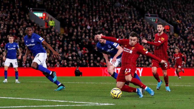 Laga Everton vs Liverpool.