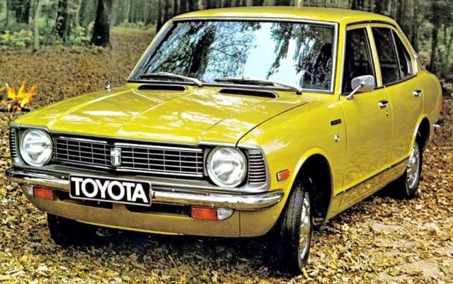 Wajah Toyota Corolla dalam 12 Generasi  (882864)