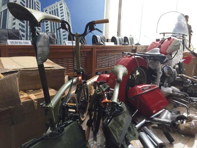 Eks Dirut Garuda, Ari Askhara, Jadi Tersangka Penyelundupan Harley dan Brompton (254760)