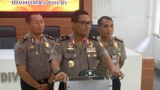 Polri Gandeng Denpom Jaya Selidiki Asal Granat yang Meledak di Monas (334325)