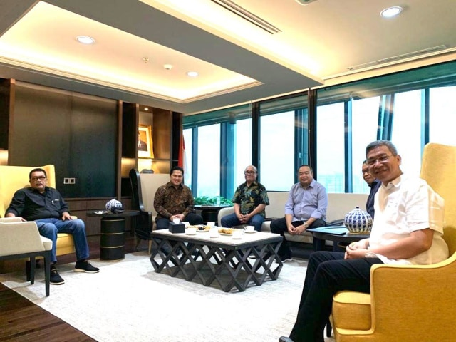 Wawancara Khusus dengan Komisaris Garuda Timbo Siahaan (249693)