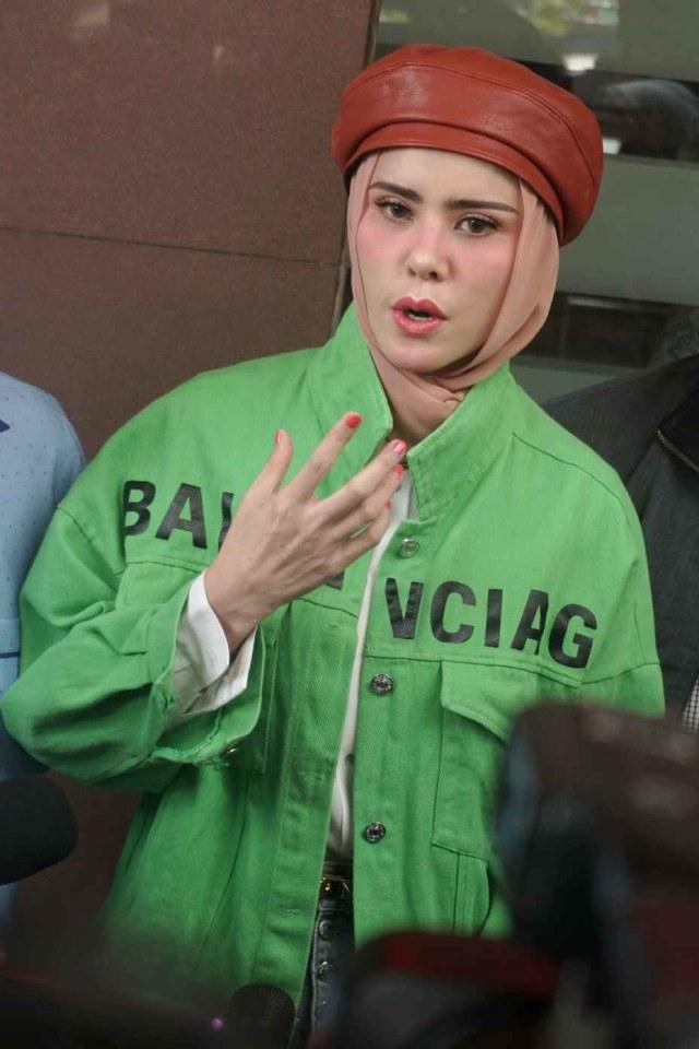 Angel Lelga Mengaku Dapat Ancaman Usai Minta Cerai dari Vicky Prasetyo (279925)