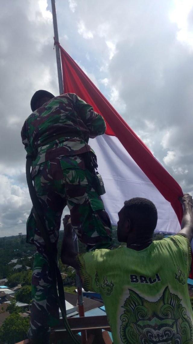 PTR, TNI AD kibarkan Merah Putih
