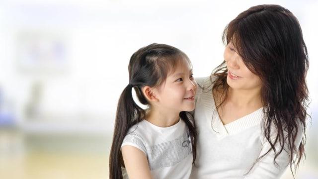 Tips Menjalani Waktu Menyenangkan Bersama Keluarga dan Pasangan saat WFH (121165)