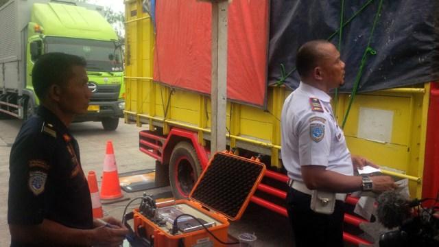 Antisipasi Kecelakaan saat Libur Nataru, Jasa Marga Razia Truk 'Odol' (1205753)