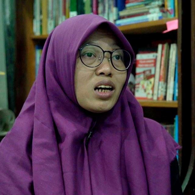 Cerita Yuli Riswati Berhenti di Deportasi (295)