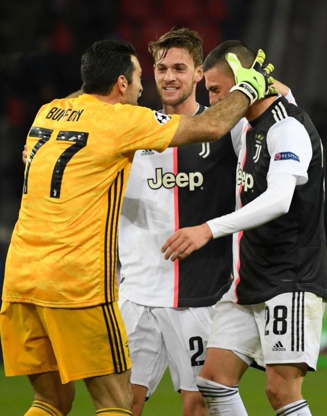 Sampai Kapan Mau Cadangkan Demiral, Juventus? (132188)