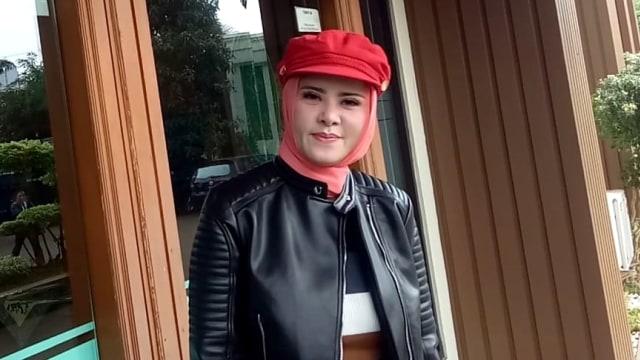 5 Berita Populer: Angel Lelga soal Vicky Prasetyo hingga Karen Idol Resmi Cerai (104815)