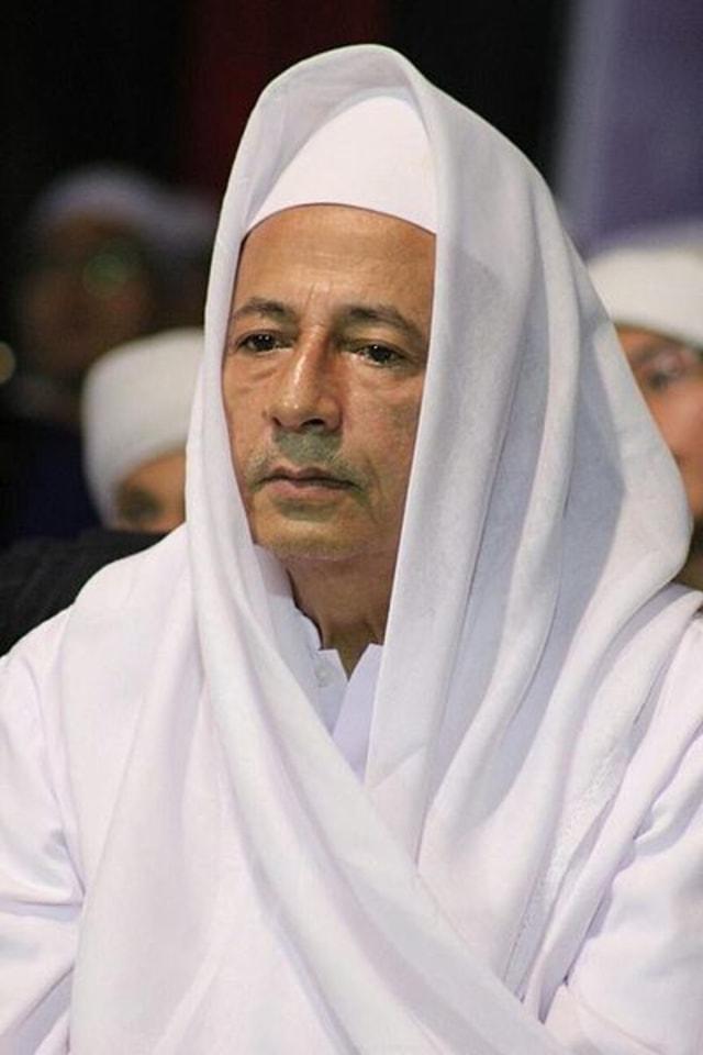 Ustaz Maaher At Thuwailibi Dilaporkan Ke Bareskrim Atas Dugaan Hina Habib Luthfi Kumparan Com