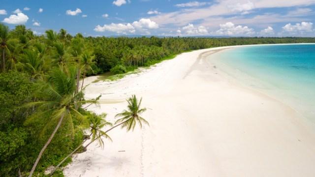 Ssst! Ternyata Ini 5 Pantai Favorit Susi Pudjiastuti di Indonesia (47628)