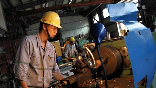 Luhut soal Pekerja Asing: Kita Pakai Dulu, Nanti Bertahap Dikurangi  (606664)