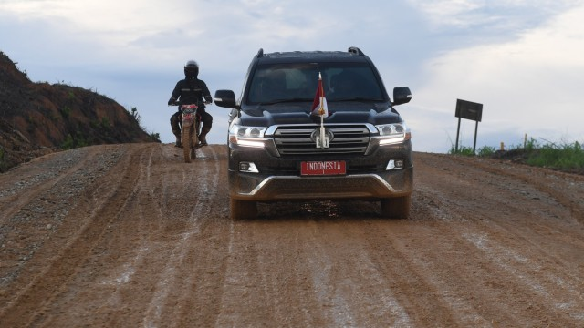 Mobil-mobil Tunggangan Presiden Jokowi, Kamu Suka yang Mana? (28910)