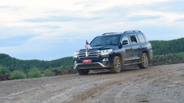 Mobil-mobil Tunggangan Presiden Jokowi, Kamu Suka yang Mana? (28914)