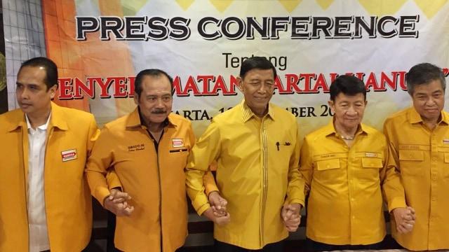 Konferensi pers Penyelamatan Partai Hanura