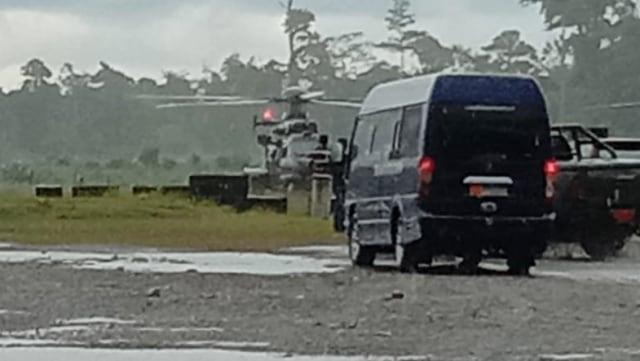 Evakuasi prajurit TNI tertembak di Papua
