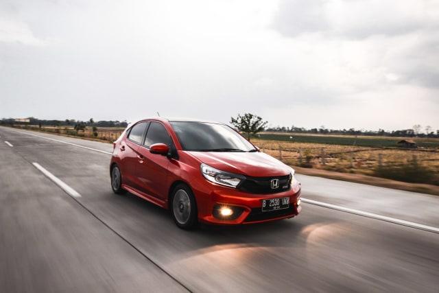 Nissan Livina Kuasai Wholesales Agustus 2020 (634415)