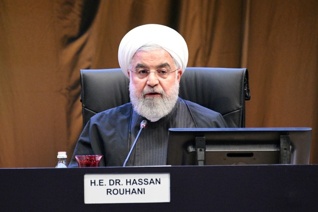 Iran Mulai Vaksinasi Massal Pakai Sputnik V Pekan Depan (112232)
