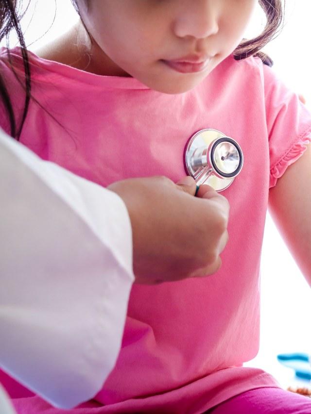 Gejala Infeksi Virus Corona Pada Anak Benarkah Lebih Ringan Kumparan Com