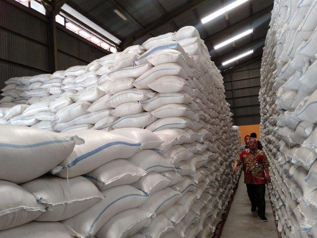 Bulog Pastikan Harga Beras di Jateng Jelang Nataru Stabil (317683)