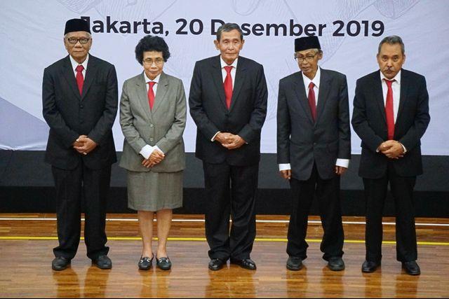 Dewas KPK Bersurat ke Jokowi soal Pengganti Artidjo Alkostar (100505)