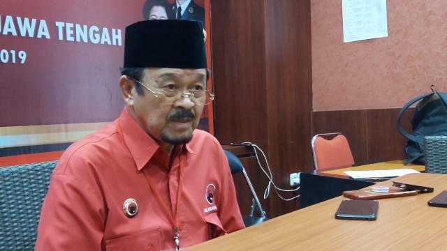Rocky Gerung: Pertemuan Jokowi-Achmad Purnomo di Istana Kemaksiatan Politik (76033)