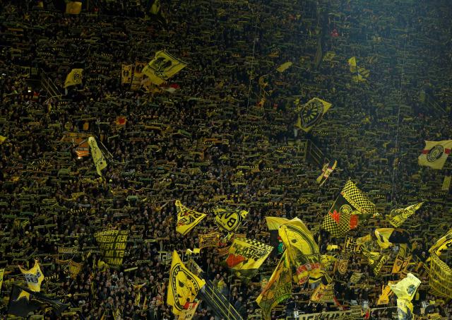 Kabar Baik dari Liga Jerman, Dortmund Siap Hadirkan Fans di Stadion (628068)
