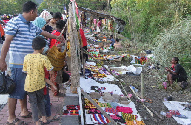 Pasar Mama-Mama Papua, Terobosan Ekonomi Kerakyatan (19898)