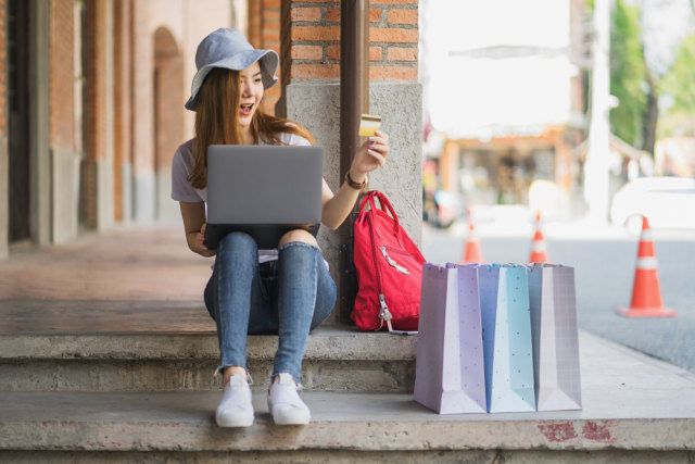 5 Alasan Belanja Barang Promo Buat Kita Sulit Berhemat & Makin Boros (284494)