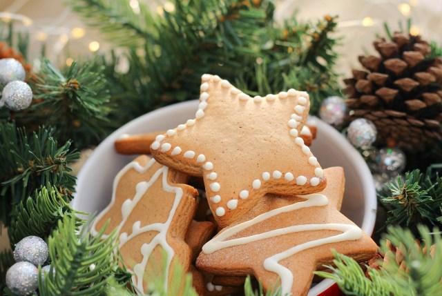 Cerita Dari Warganet Dompu 'Mencuri' Kue Natal di Rumah Guru (160)