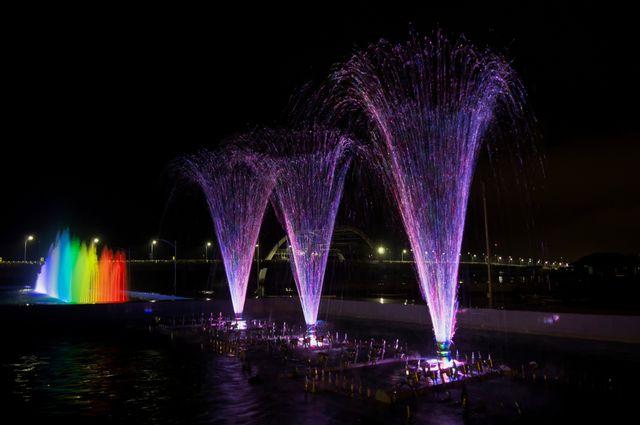 Enggak Perlu ke Luar Negeri, Ini 5 Tempat Pesta Kembang Api Tahun Baru (252)
