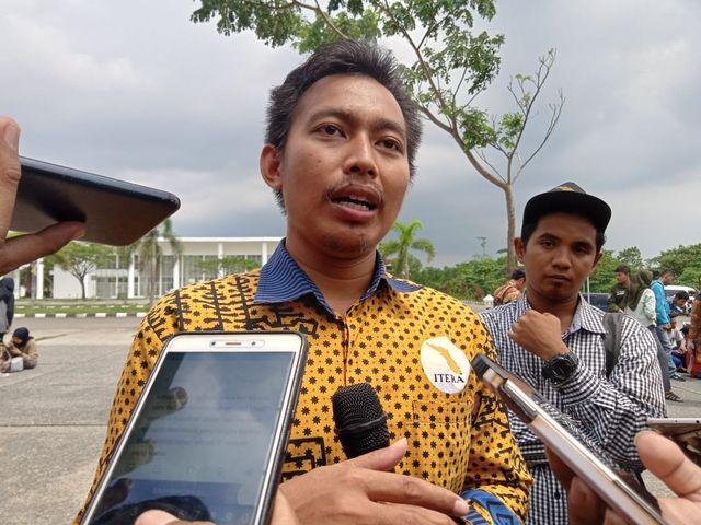 Gerhana Matahari Cincin Total di Lampung Diprediksi Terjadi pada 2031 (211671)