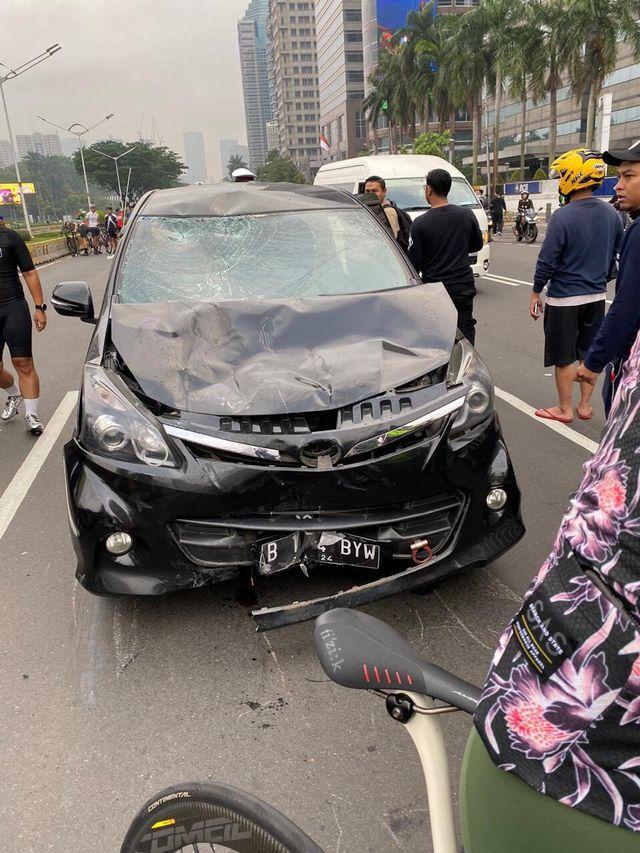 PTR, Mobil tabrak 7 pesepeda di Jalan Sudirman