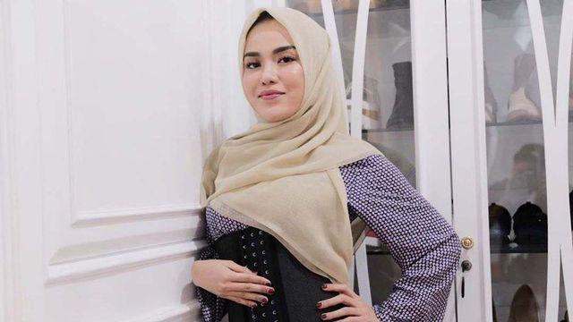 Medina Zein Sindir Balik Zaskia Sungkar soal Kasus Irwansyah Lewat Instagram (6895)