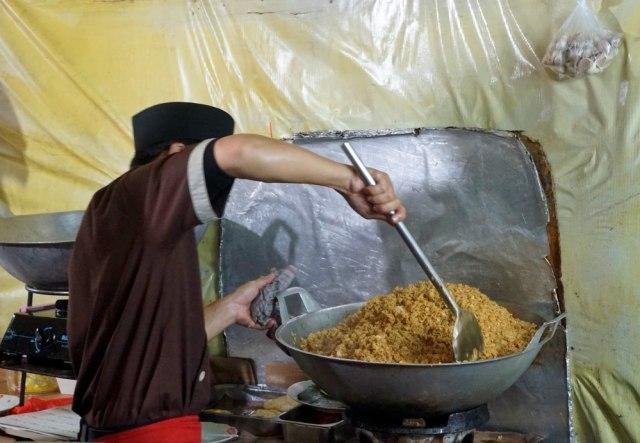 Nasi Goreng Jadi Viral karena Dibilang Menyerupai Fried Rice (208264)
