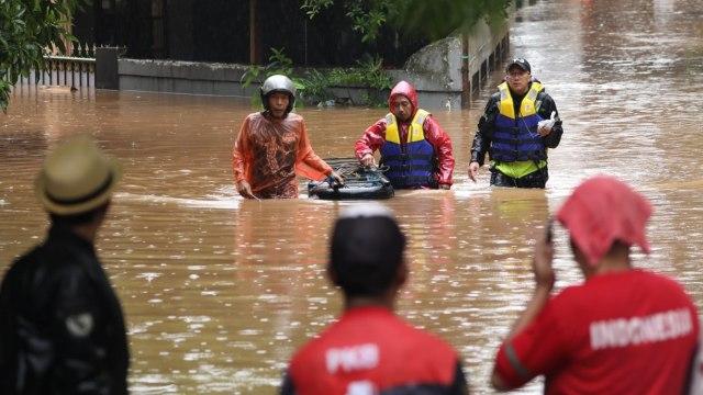 Banjir, Evakuasi warga, Kemang