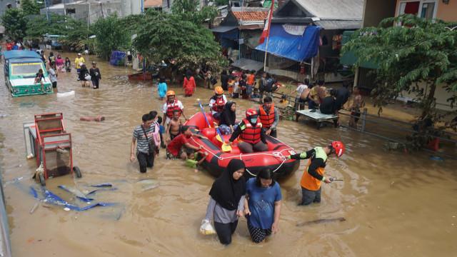 Banjir di Kampung Pulo