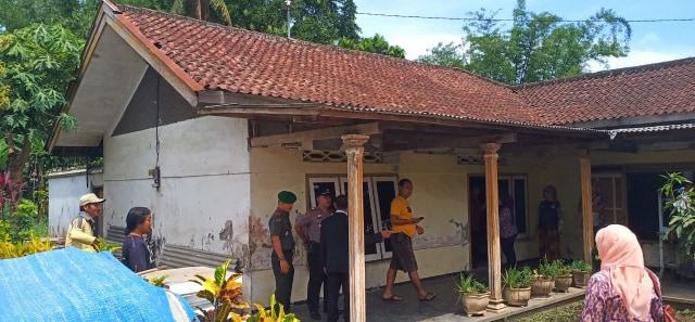 Ibu di Malang Penyekap Anak Selama 20 Tahun: Terdoktrin Spiritual (3114)