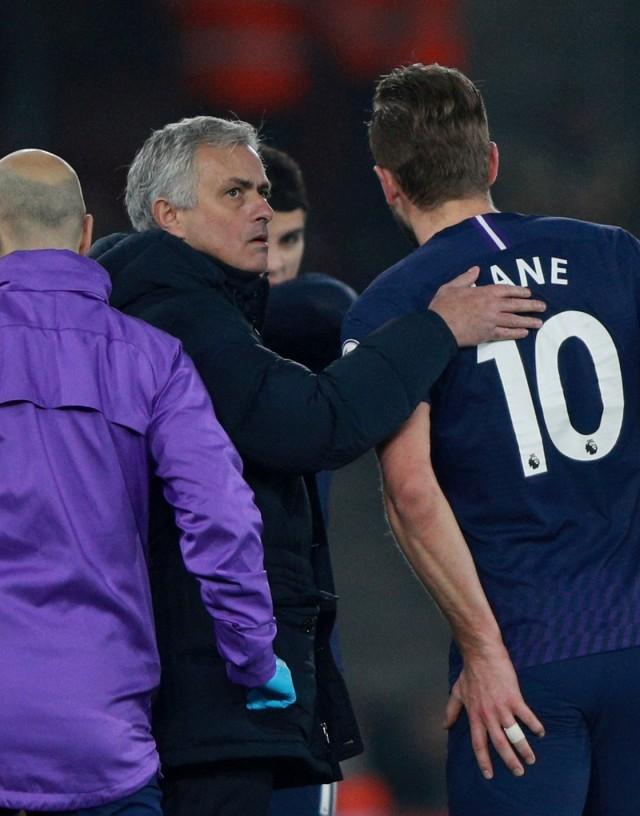 Harry Kane, Jose Mourinho (P)