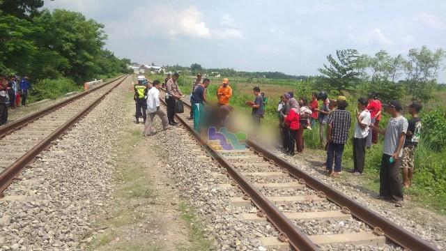 2019, 4 Orang di Bojonegoro Meninggal Dunia Tertabrak Kereta Api  (290842)