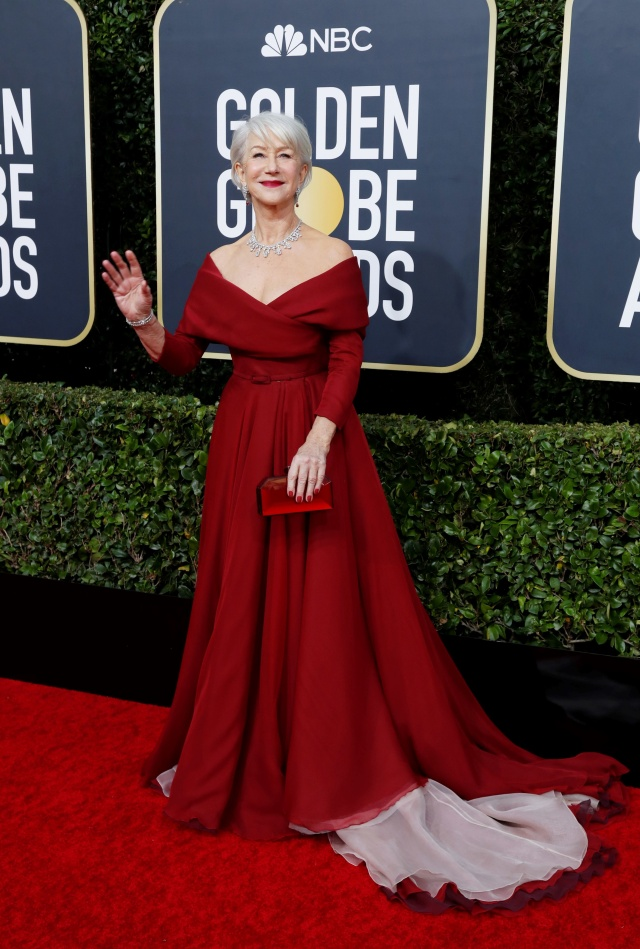 Parade Gaun Mewah Selebriti di Red Carpet Golden Globes 2020 (6278)