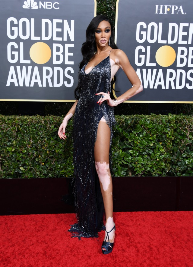 Parade Gaun Mewah Selebriti di Red Carpet Golden Globes 2020 (6270)