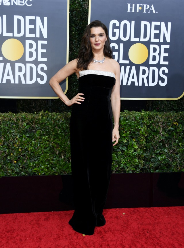 Parade Gaun Mewah Selebriti di Red Carpet Golden Globes 2020 (6273)