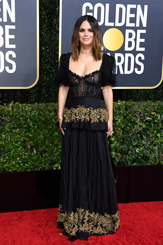 Parade Gaun Mewah Selebriti di Red Carpet Golden Globes 2020 (6268)